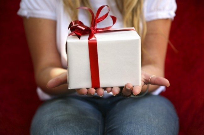 Что подарить на новый год женатому любовнику