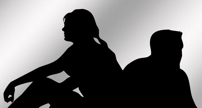 Кризис в отношениях - как пережить, стадии, кризис по годам