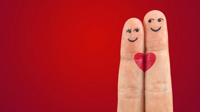 Как можно узнать любит ли тебя парень